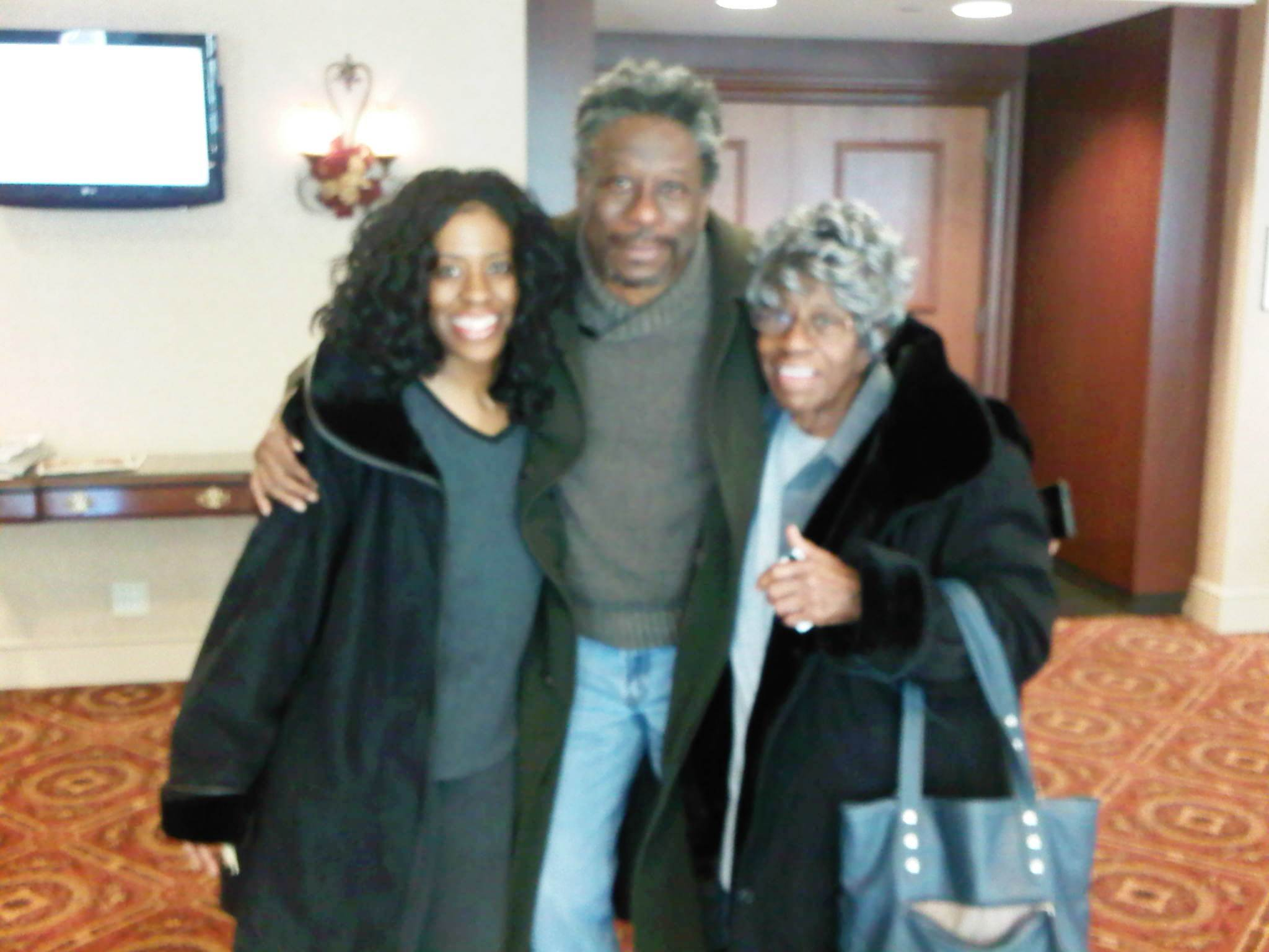 Michael Williams sister Gwendolyn, Michael Williams and Mom Gloria  Jean