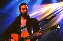 Ruston Kelly Releases New Single Mockingbird